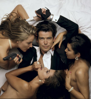 Charizmatický muž James Bond Pierce Brosnan